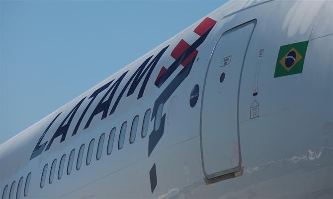 Latam anuncia voo inédito entre Porto Alegre eSantiago